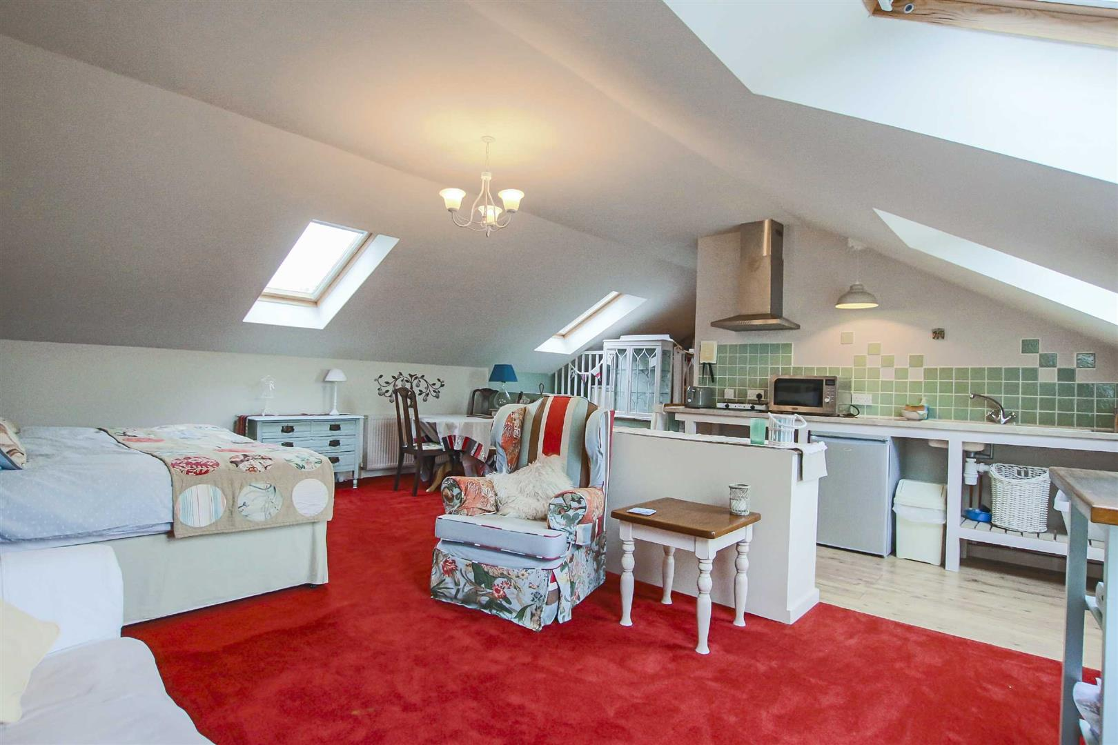 4 Bedroom Semi-detached House For Sale - Image 25